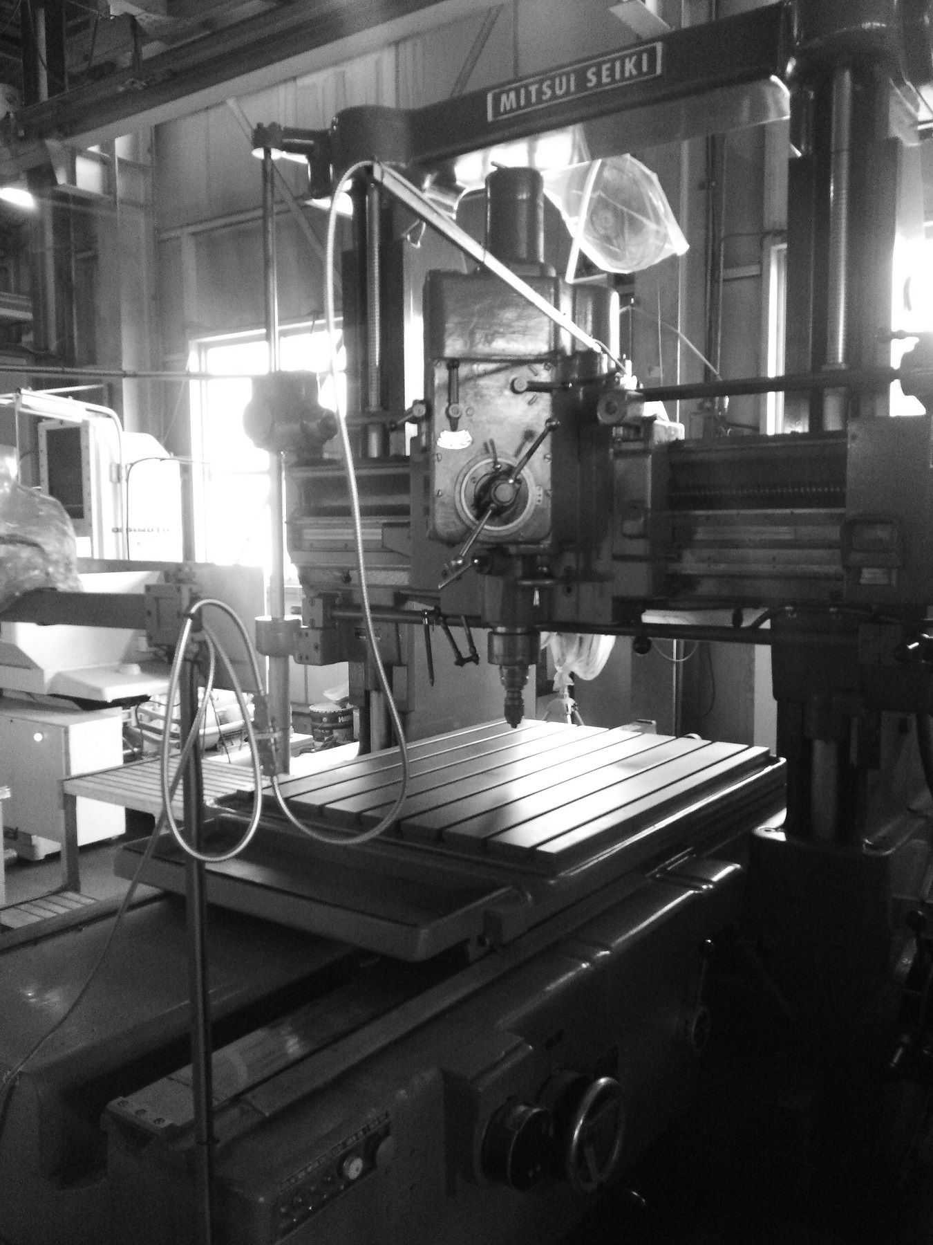 治具ボーラ 三井精機 浜松東区 治具 設計製作 機械加工 専用機 金属切削 加工組立 フライス 旋盤 ワイヤーカット